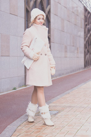 white choiescom bag - light pink Choies coat - light pink Choies skirt