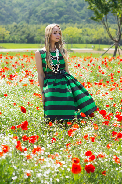 green Choies dress - black Badgley Mischka heels - white handmade necklace