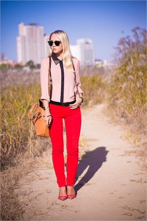 red Guess heels - gold Miss Nabi bag - black ray-ban sunglasses