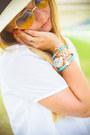 Light-blue-vera-bradley-bag-light-blue-zero-uv-sunglasses