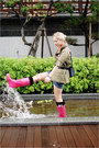 Hot-pink-miss-nabi-boots-olive-green-topshop-jacket-navy-miss-nabi-bag