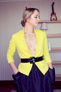 Black-chanel-sunglasses-yellow-vivilli-jacket-black-chicnova-skirt