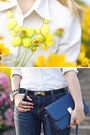 Yellow-forever21-necklace-navy-levis-jeans-navy-miss-nabi-bag