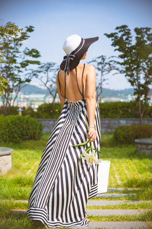 white Choies dress - black blackfive hat - white kate spade bag