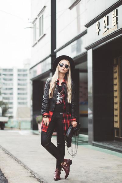 Black-choies-hat