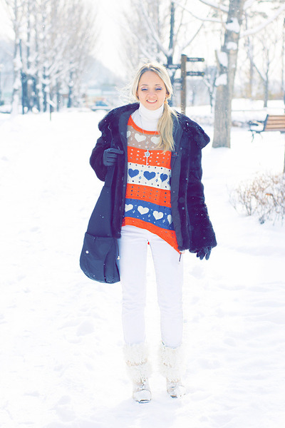 orange Udobuy sweater - white Maro Catte jeans