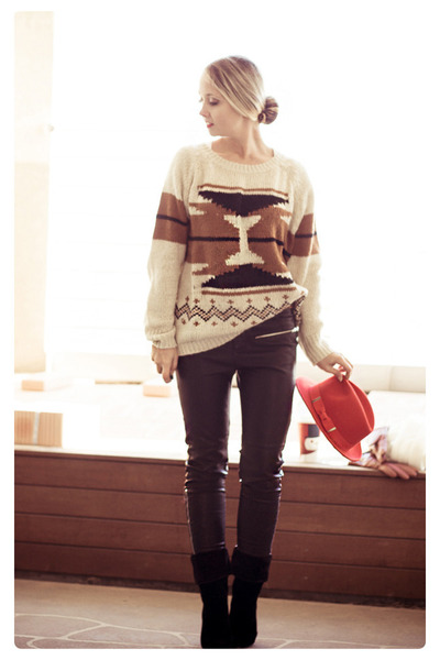 eggshell Sheinside sweater - red H&M hat - black romwe pants