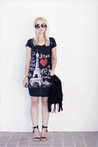 black bought in Paris dress - ivory Korean hat - black Miss Nabi bag
