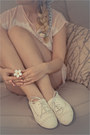 Ivory-miss-nabi-loafers-ivory-perfume-marc-jacobs-accessories