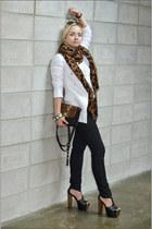 black Forever 21 jeans - dark brown Celine sunglasses - white Forever 21 t-shirt
