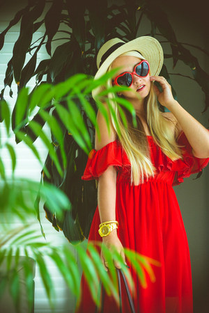 red 6ks dress - eggshell H&M hat - red OASAP sunglasses