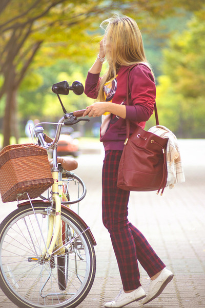 brick red blackfive bag - mustard H&M scarf - brick red Mixxo pants