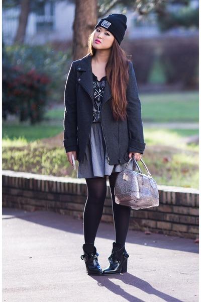 black leather Zara boots - heather gray wool etam coat - silver cute Furla bag