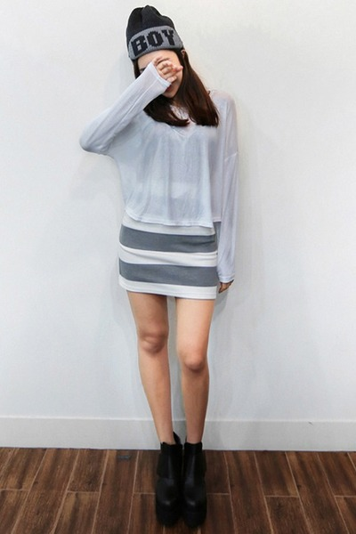 charcoal gray yubsshop hat - white yubsshop top - heather gray yubsshop skirt