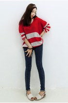 navy yubsshop jeans - tan yubsshop sweater