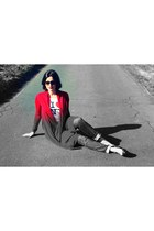 7 for all mankind jeans - I love NY shirt - Ray Ban sunglasses - DKNY cardigan -