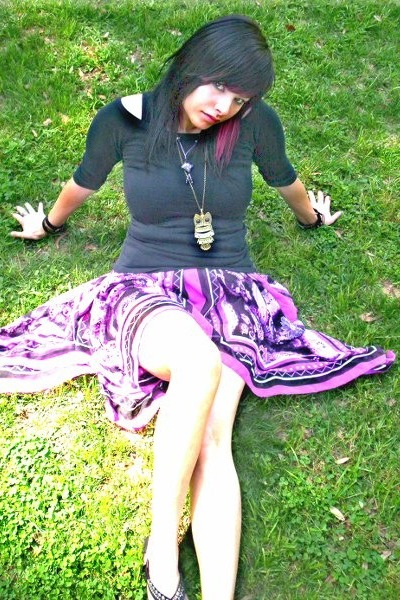 Lost dress - purple stone flea market necklace - studded decree sandals - montre