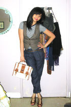 Uniqlo t-shirt - brown H&M vest - blue Zara pants - brown Aldo shoes - purse