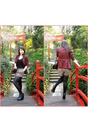 mustard velvet pull&bear shorts - ruby red vintage blazer - black vintage purse