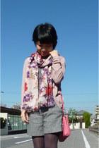 pink Bottega Veneta purse - gray tights - floral scarf - gray shorts