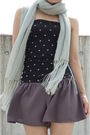 Black-uniqlo-top-gray-topshop-silver-scarf-silver-nine-west-shoes