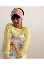 Light-yellow-sweater-light-pink-headband-jill-stuart-scarf