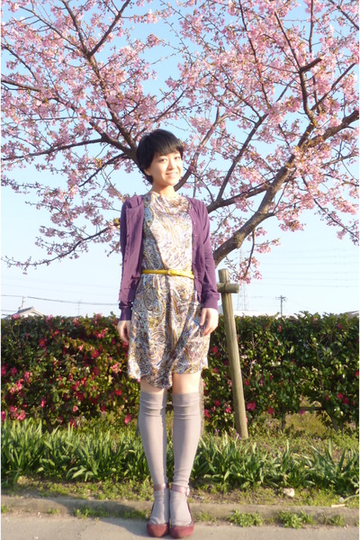 amethyst ANAYI cardigan - magenta shoes - paisley dress - silver knee high socks