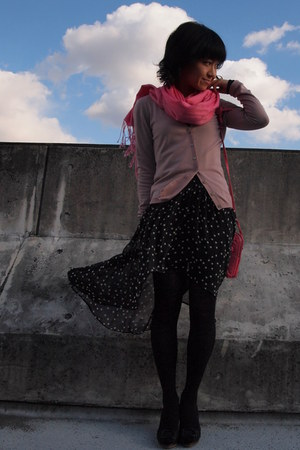 black stars Zara skirt - black tights - bubble gum unknown scarf