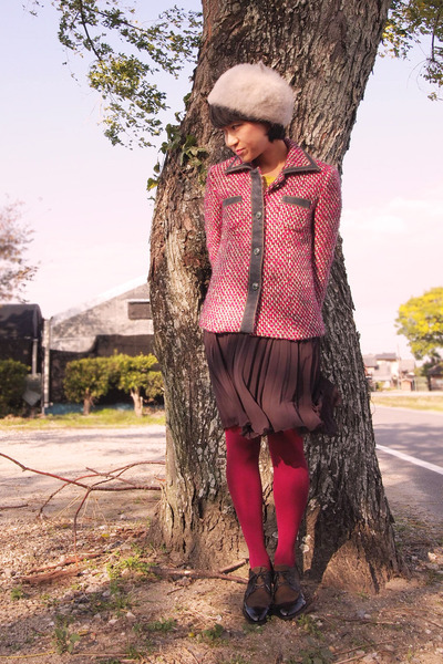 red tweed vintage jacket - dark brown cavacava shoes