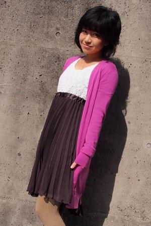 white lace unknown top - tan fukusuke tights - pink Gap cardigan