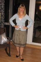 sweater - skirt - top - Tamaris shoes - necklace