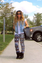 blue navajo print Zara pants - white new look top