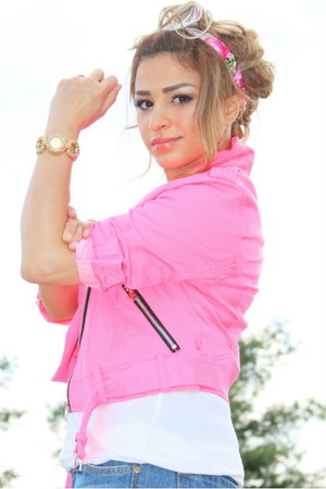 hot pink Tripp NYC jacket - blue Forever 21 jeans