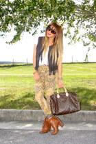 dark brown fringe vest Forever 21 vest - brown Urban Outfitters boots