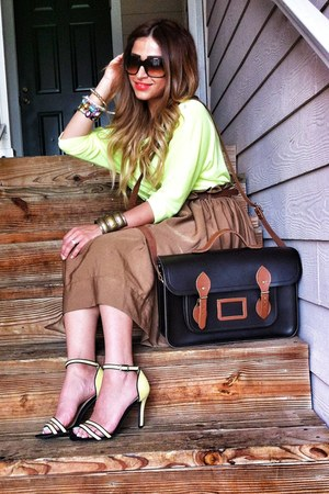 black cambridge satchel bag - camel H&amp;M skirt - yellow Zara heels