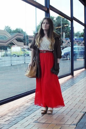red Primark skirt - tan Topshop shoes - tan vintage bag - off white thrifted top