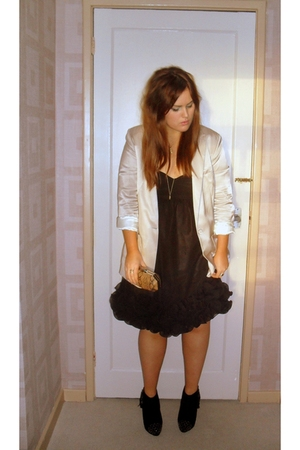 white H&M blazer - black H&M dress - black Topshop boots - beige TKmaxx accessor