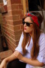 Red-accessories-black-ray-ban-sunglasses
