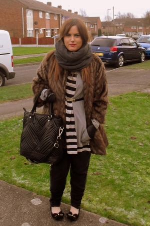 brown River Island coat - black Topshop pants - white Topshop top - black Zara a
