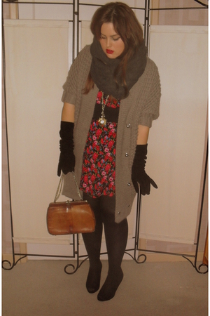 brown vintage accessories - gray Topshop scarf - beige warehouse cardigan - red