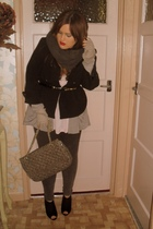 beige Marc B accessories - pink Topshop top - gray River Island gloves