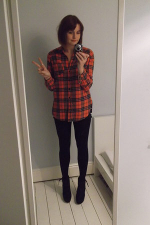 Topshop shirt - Miss Selfridge boots - Levi shorts