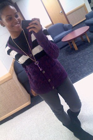 knity and comfy purple cardigan