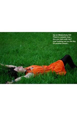 black unknown brand tights - carrot orange Zara dress