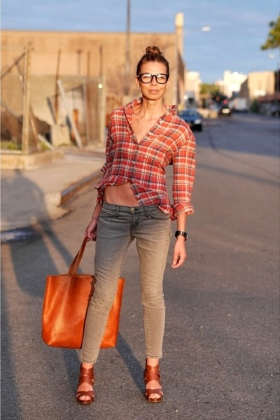 red madewell shirt - gray skinny jeans Current Elliott jeans
