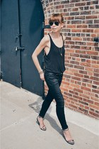 black R13 jeans - black Ray Ban sunglasses - gray Zara sandals