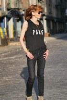 black madewell t-shirt - black skinny R13 jeans