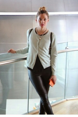 black H&M leggings - black H&M earrings