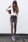 Periwinkle-dr-martens-boots-brown-leather-vintage-bag-gray-american-apparel-
