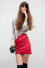 Red-vintage-skirt-ivory-zara-blouse